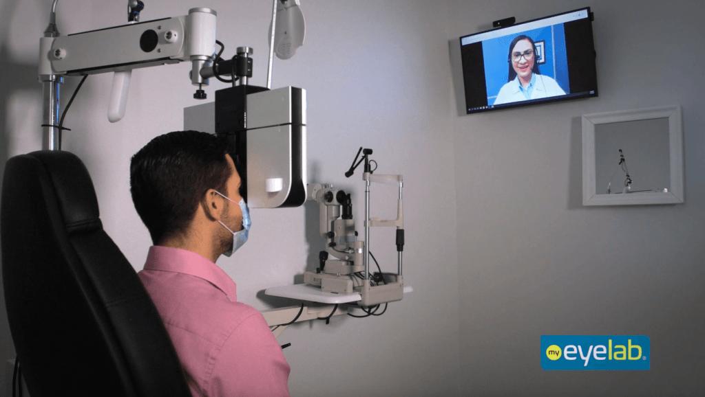 customer getting virtual eye exam at my eyelab